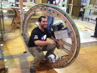 Mini Maker Faire Action:  Roboroaches and Monowheels in Santiago | Big and Open Data, FabLab, Internet of things | Scoop.it