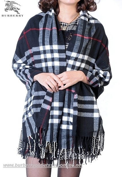 Burberry Large Wool Cape 00 $672.00  $79.0 Save: 88% off | Burberry | Scoop.it
