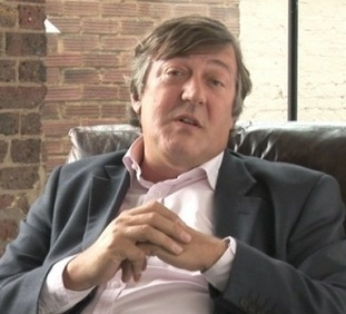 "Stephen Fry Reads Oscar Wilde's Children's Story ""The Happy Prince"" 