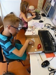 Fabrication d'un jeu de société avec Scratch et Makey-Makey par les enfants à l'EPN de la Haute-Lesse   Education aux médias_ numérique   Scoop.it