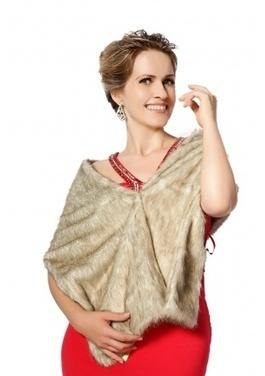 Light brown faux mink fur long fur shawl | Comfortable faux fur coat fashion | Scoop.it