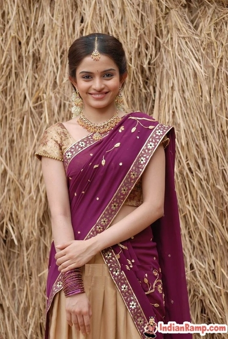 Half Saree Models Actresses Andhra Girls, South Half Saree Designs ...
