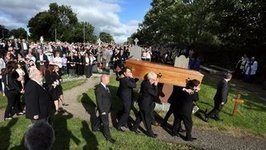 Poet Seamus Heaney laid to rest | The Irish Literary Times | Scoop.it