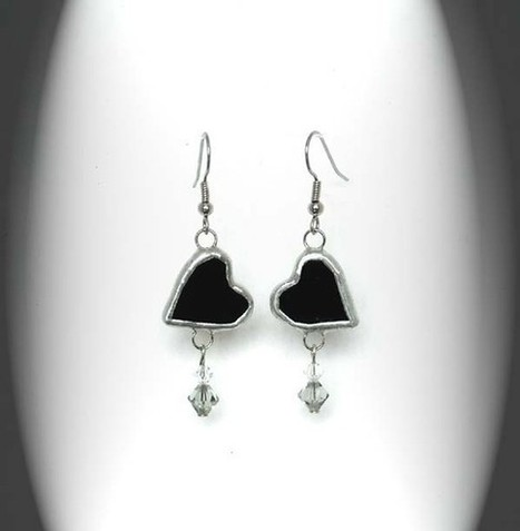 Black Heart Stained Glass Earrings | stained glass | Scoop.it