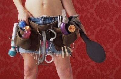 Toglietemi tutto ma non il mio sex toy - Vanity Fair.it | Il vibratore da usare in coppia | Scoop.it
