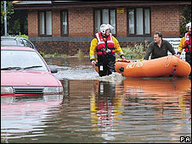 BBC NEWS | UK | Morpeth residents flee floods | Morpeth Foods 2008 | Scoop.it