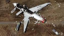Rescue video of Asiana crash reveals that the girl was overlooked - Travelandtourworld.com | Travelandtourworld | Scoop.it