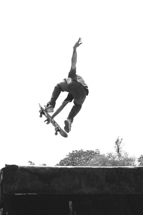 Ashly Stohl: ¡Patina o Muerte! (Skate or Die) | Camera Arts | Scoop.it