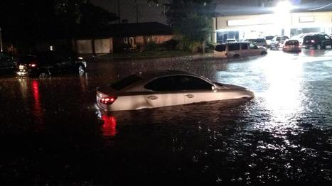 Cars Battle High Waters After Flash Floods in Houston - NBCNews.com | CLOVER ENTERPRISES ''THE ENTERTAINMENT OF CHOICE'' | Scoop.it