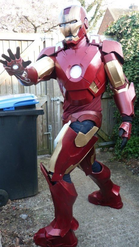 Fan Builds Awesome DIY Iron Man Suit | Strange days indeed... | Scoop.it