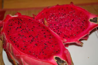 Culinary Wanderlust: Fruity Fridays - Red Dragon Fruit | Dragon fresh fruit | Scoop.it