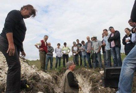 Charente : les docteurs Bourguignon auscultent le sol viticole   Actualités du Cognac   Scoop.it