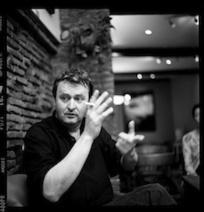 Retours à Sarajevo : rencontre avec Velibor Čolić et Igor Štiks - Le Courrier des Balkans   Flaneur   Scoop.it
