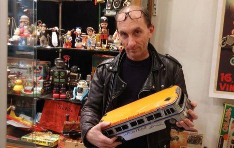 Aux puces de Saint-Ouen, Thierry collectionne les jouets anciens   Les Puces de Paris Saint-Ouen   - Paris Flea Market & a little more   Scoop.it