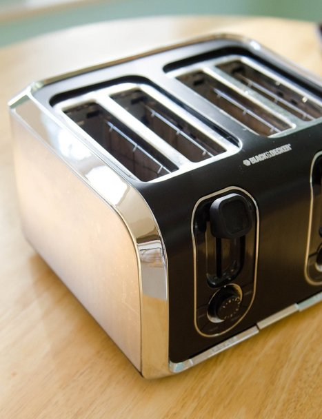 How to Clean the Toaster  Cleaning Lessons from The Kitchn | Kreativt til Kjøkkenet | Scoop.it