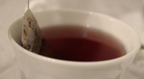 Boire (au moins) 4 tasses de thé par jour réduit les risques d'attaque   Thés   Scoop.it