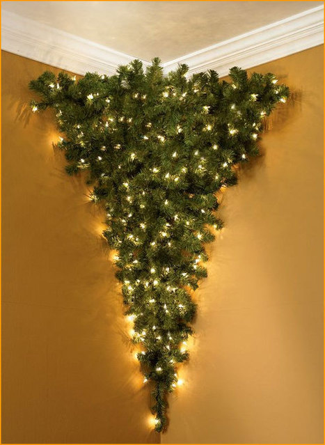 Upside-down Christmas tree for your corner - Doobybrain.com | Musical Christmas Lights | Scoop.it