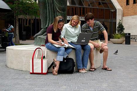 McCombs Women Beat MBA Gender Salary Gap - Businessweek   Women In Media   Scoop.it