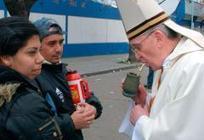 VATICAN • Le pape François est-il de droite ou de gauche ? - Courrier International | habemuspapam2013 | Scoop.it
