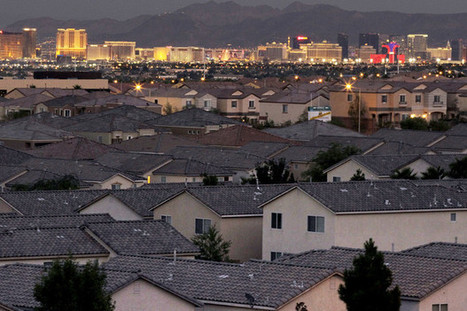 Bubbles Bloom Anew in Desert as Buyers Wager on Las Vegas | The Dollar Bubble | Scoop.it