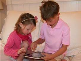 Less or more? Parents grapple with kids' screen time limits | It's Show Prep for Radio | Scoop.it