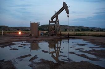 North Dakota's Salty Fracked Wells Drink More Water to Keep Oil Flowing   North an South America   Scoop.it