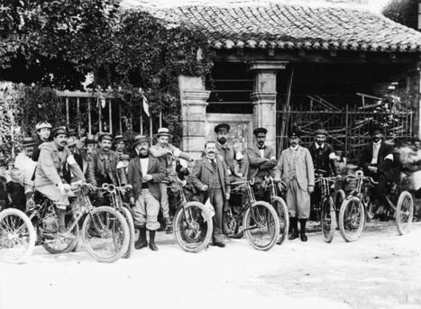 En 1899, une course de tricycles à pétrole - Histoire Généalogie - La vie et la mémoire de nos ancêtres | GenealoNet | Scoop.it