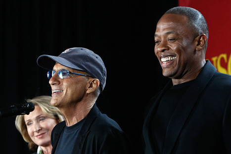 Whatever happened to the Apple deal for Beats?   Apple is willing to pay 3.2 Billion dollars to buy Dr. Dre's Beats   Scoop.it