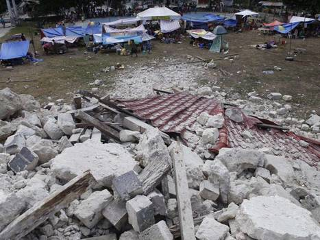Philippines earthquake: Death toll hits 100 following 7.2 magnitude quake, as 800 aftershocks hamper rescue efforts | World Geography | Scoop.it