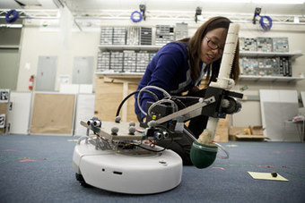 Students demo autonomous robotic systems | Artificial Intelligence and Robotics | Scoop.it