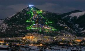 World's Largest Christmas Tree Alight In Umbria | Christmas tree | ITALY Magazine | UIT DE KRANTEN BY PATRICIA FAVETTA | Scoop.it