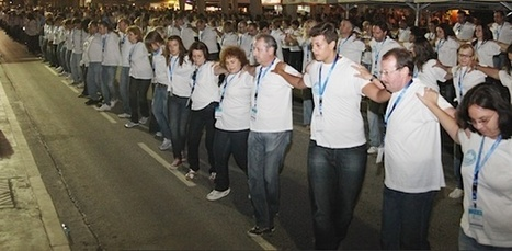 Volos Sets Guinness Record for Largest Syrtaki Dance | Greece.GreekReporter.com Latest News from Greece | Greece Travel | Scoop.it