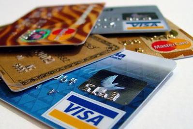 ARNAQUE Banque: la carte revolving, tu l'aimes ou on te l'impose | CREDIT RENOUVELABLE | Scoop.it