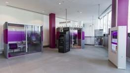 M&S launches first self-service branch; rolls out instore 'banking pods' | Banque et innovation | Scoop.it
