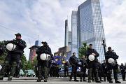 Video - Zahlreiche Festnahmen in Frankfurt: Banken trotzen Blockupy-Demonstranten - Wirtschaft | STERN.DE | #Blockupy Frankfurt | Scoop.it