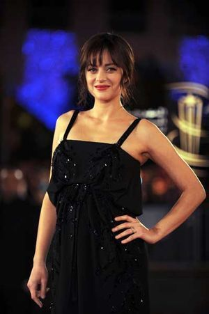 """Is it more difficult for the Frenchwoman (Marion Cotillard) to act in English than in her native language? 