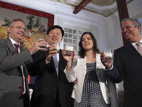 China approves imports of dairy products from Portugal | Adamastor | Scoop.it