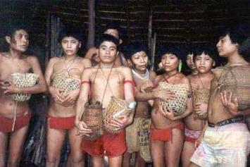 Vingt ans après, les Yanomami commémorent le massacre de Haximu | Survival International | Kiosque du monde : Amériques | Scoop.it