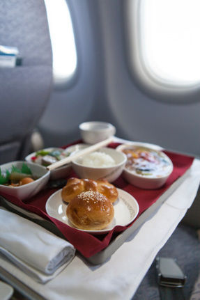 Science Explains Why Airline Food Tastes Not-So-Great | Food issues | Scoop.it