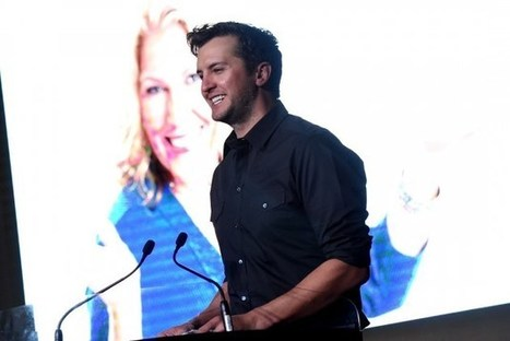 Luke Bryan Booked for 2016 Grammys Tribute to Lionel Richie | Country Music Today | Scoop.it