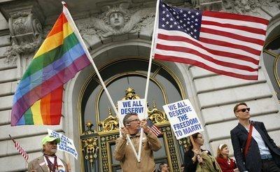 """Etats-Unis: la Californie, premier Etat à interdire les """"thérapies gay"""" - L'Express   Droits LGBT en france   Scoop.it"""