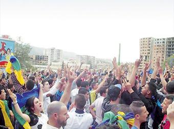 Après la brutalité policière lors de la manifestation du 20 avril : Marches contre la répression à Tizi Ouzou - Actualité - El Watan | Morocco | Scoop.it