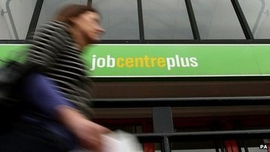 UK unemployment falls below 2m | Macroeconomic Objectives | Scoop.it