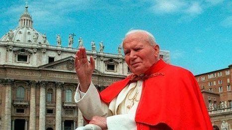 Johannes Paulus II doorbrak het IJzeren Gordijn   kap-BoetsA   Scoop.it