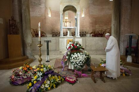 Quand le Pape pleure un «membre de sa famille»   Voir et prier   Scoop.it