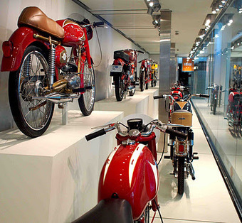 The Vintagent: 'MOTO BELLISSIMA' Italian Motorcycle Exhibit AT San Francisco Airport | Ductalk | Scoop.it