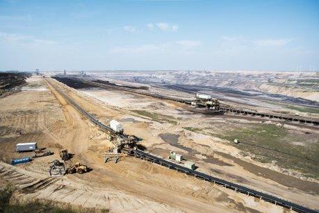 En Allemagne, des villages entiers sont rasés pour laisser place à de gigantesques mines de charbon   ParisBilt   Scoop.it