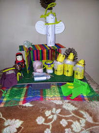 Help! I can't stop crafting: DIY Paddle Pop Stick & Toilet Paper Roll Nativity Scene   Christmas Craft   Scoop.it