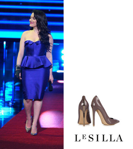 Kat Dennings in Le Silla shoes at the 40th Annual People's Choice Awards, Los Angeles | Le Marche & Fashion | Scoop.it