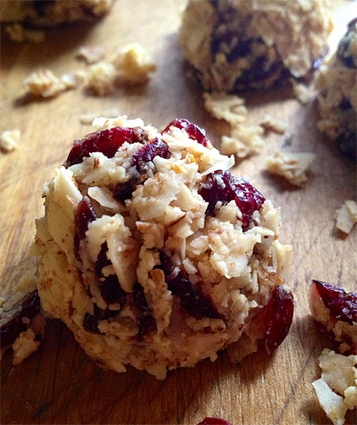Clementine Cranberry Coconut Macaroons   Recipes from the world on Scoop!   Scoop.it